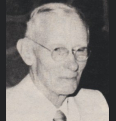 Photo of Lawrence Zimmerman. Link to their story.